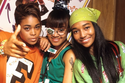 TLC (Tionne 'T-Boz' Watkins, Lisa 'Left Eye' Lopes (1971-2002) and Rozonda 'Chilli' Thomas), pop group, circa 1995. (Photo by Tim Roney/Getty Images)